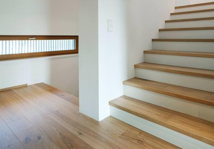 Treppen mit Parkettbelag: Hochwertiges Design